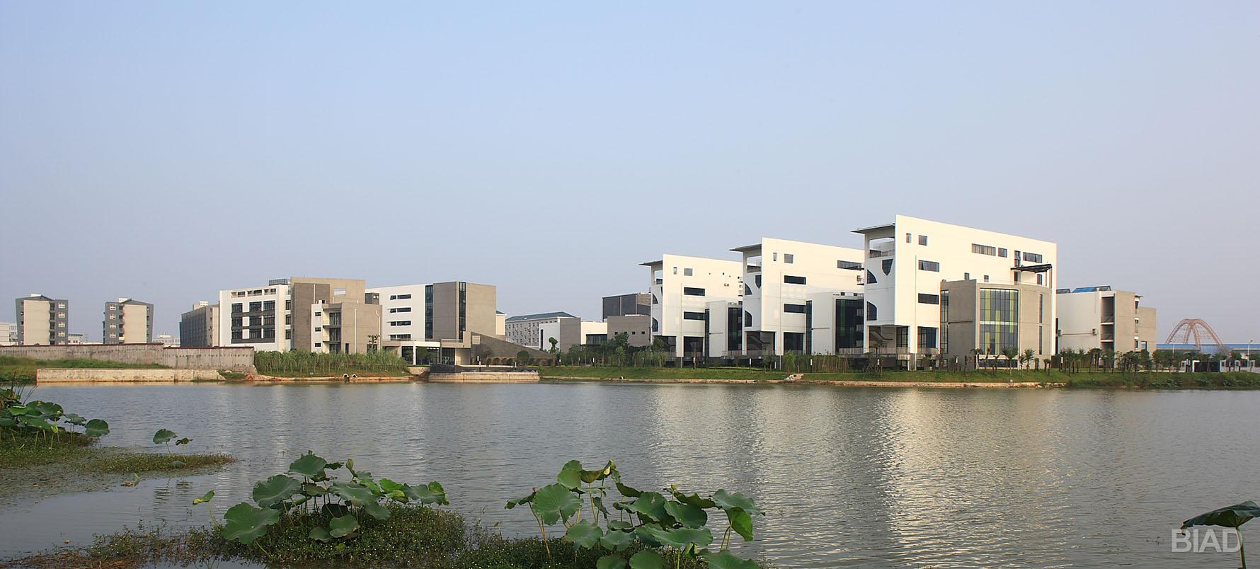 武汉市艺术学校
