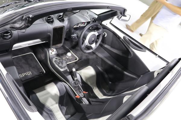 帝特律电动跑车SP:01首秀无锡国际车展